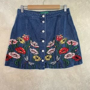 Front Button Floral Embroidered Mini Denim Skirt M